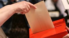 In einigen Kantonen sollte man, vor dem Gang zur Urne, den Wahlzettel nochmal überprüfen.