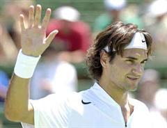Roger Federer trifft im Endspiel auf Andy Roddick.