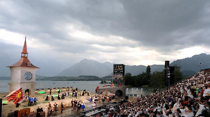 Dällebach geht von der «schönsten Seebühne Europas», als Musical-Indoorproduktion, ins Zürcher Theater 11.