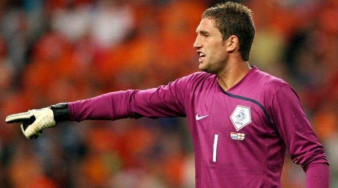 Maarten Stekelenburg wechselt nach England.