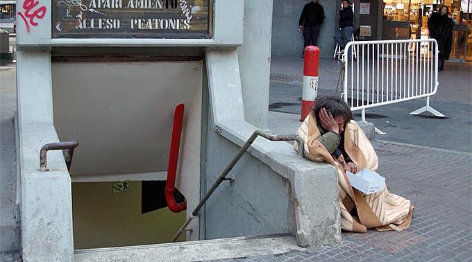 Ein Bettler in der spanischen Hauptstadt Madrid.