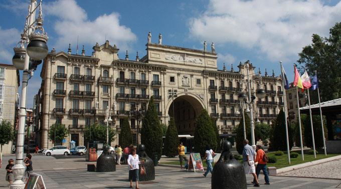 Wegen der Bankenkrise in Spanien. (Bank Santander Spanien)