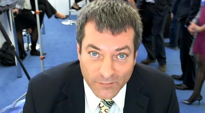 Transparency International Geschäftsführer Cobus de Swardt.